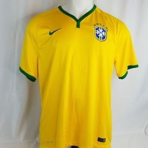 Nike Mens Size XLarge Athletic Yellow Shirt